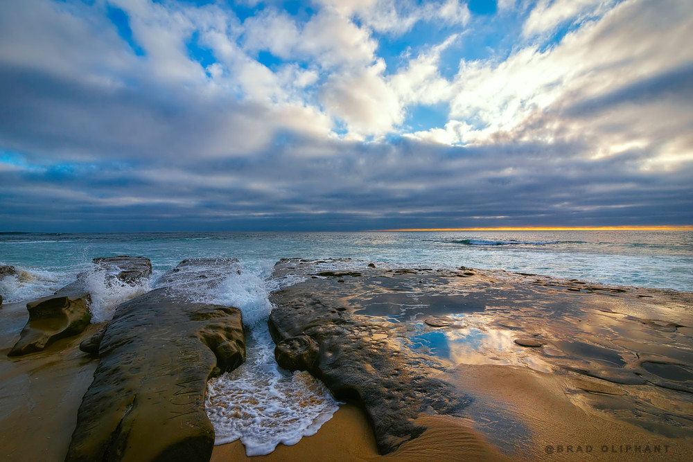 photographs of oceans and waves, art photographs of California's oceans, pictures of clouds and sea and rocks,