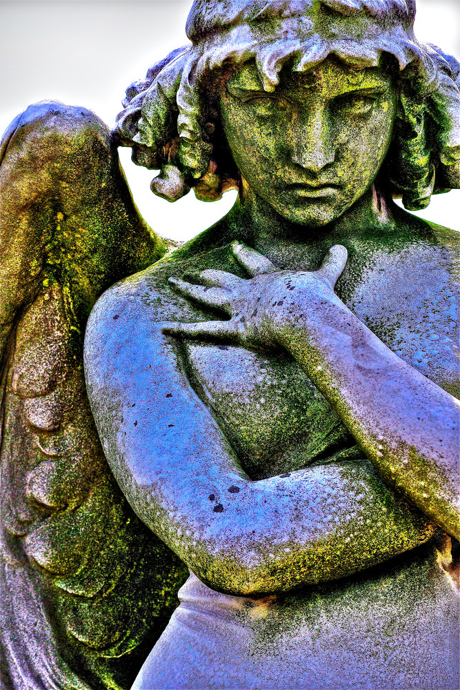 archangels in cemeteries, winged angels, spiritual angels,