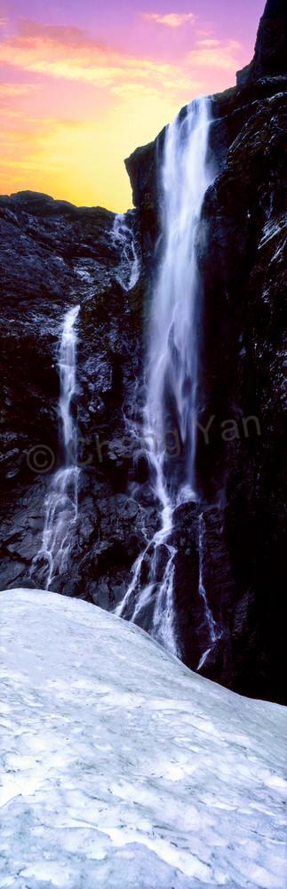 lakes-rivers-and-waterfalls-036