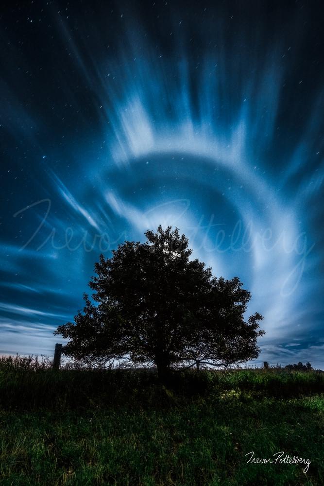 Lunar Halo Photography Art | Trevor Pottelberg Photography