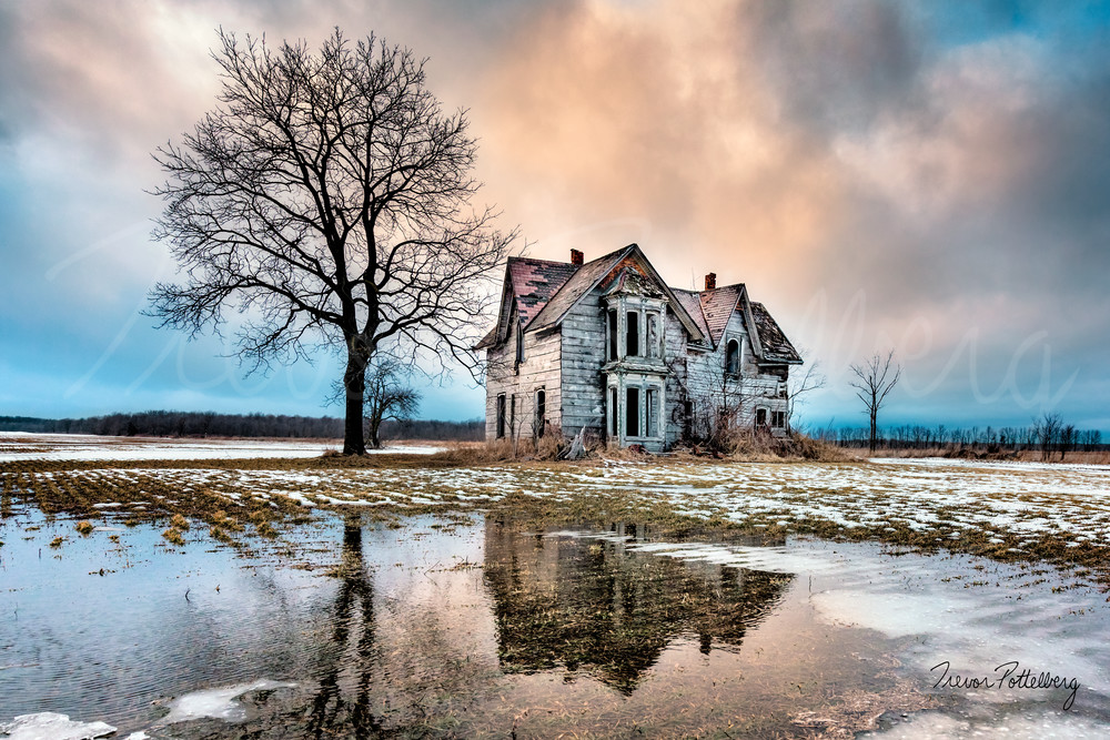 Abandoned Beauty Photography Art | Trevor Pottelberg Photography