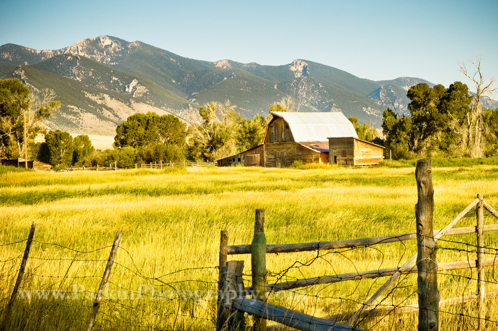 Montana Barnyard | Jim Parkin Fine Art Photography