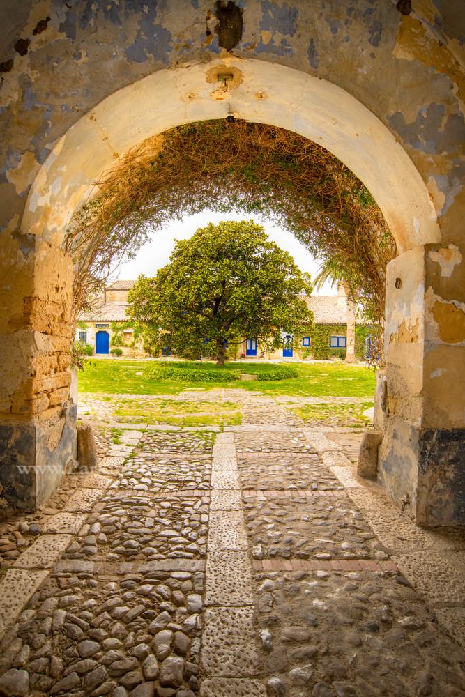 Courtyard Entrance | Jim Parkin Fine Art Photography