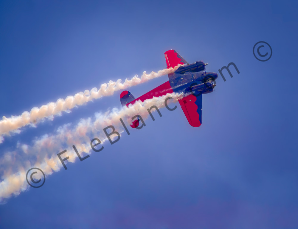 Airshow Aerobatics Smoke Air Battle C-45 Precision Stunt fleblanc