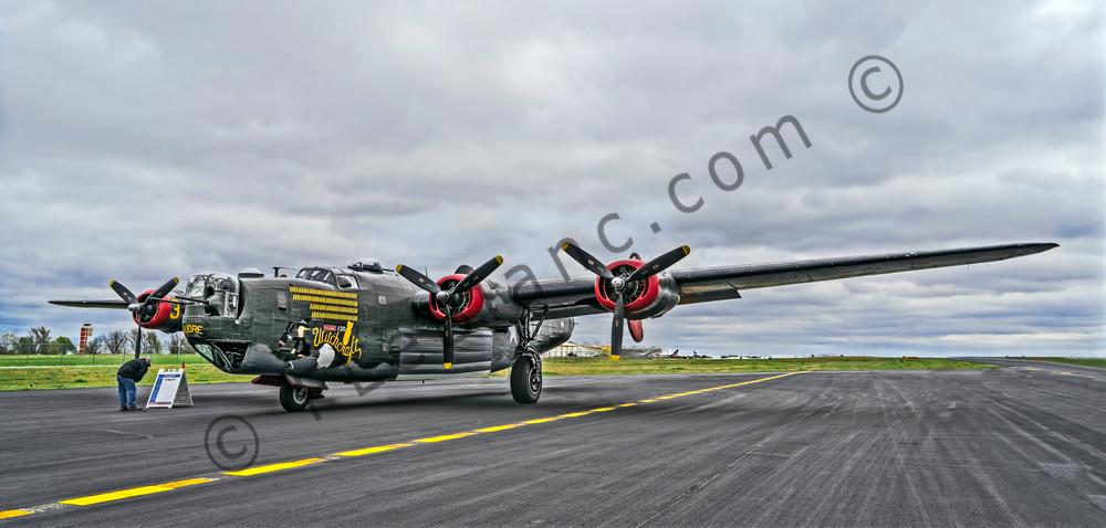 B-24 WW2 War Bomber Witchcraft combat Historic Classic fleblanc