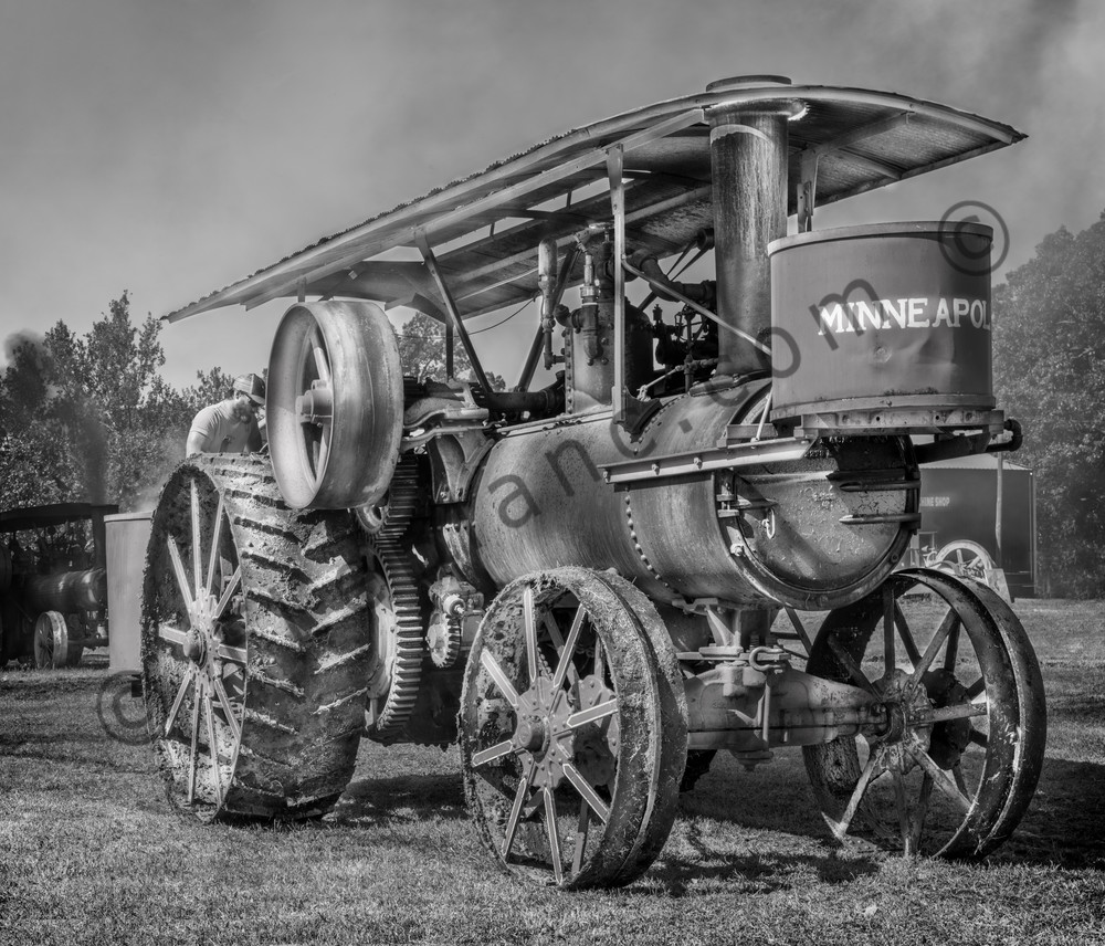 Minneapolis Steam Powered Farm Tractor Black & White fleblanc