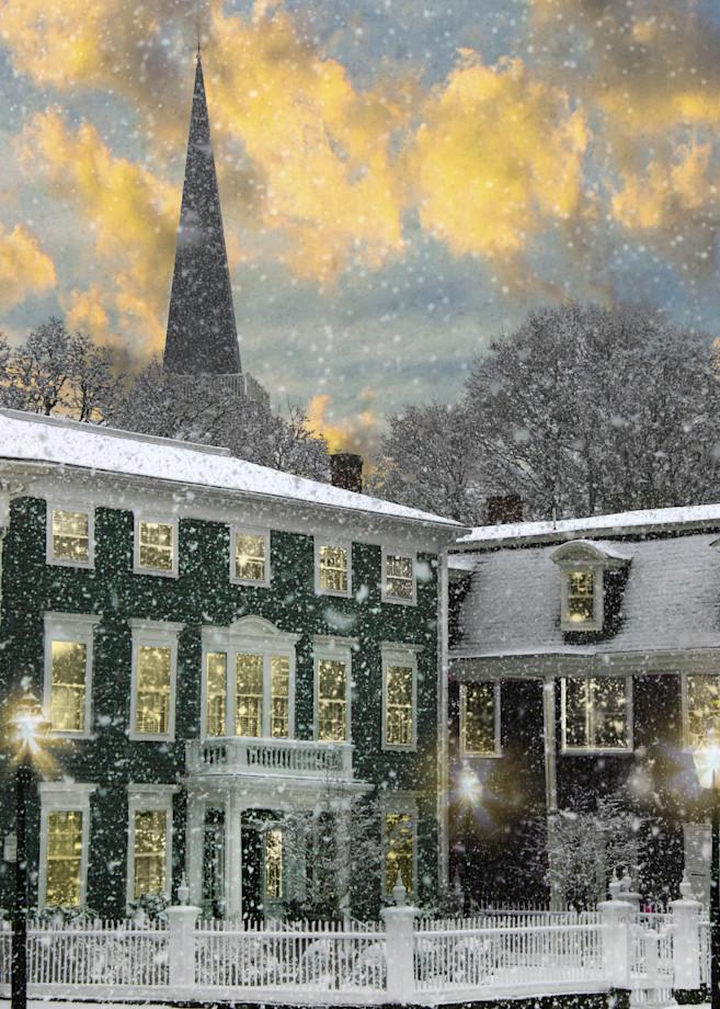 Snow on Hooper Mansion