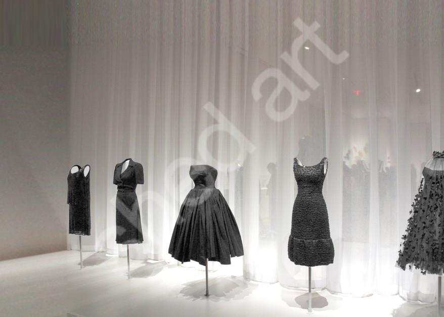 dresses mannequins black exhibit musem