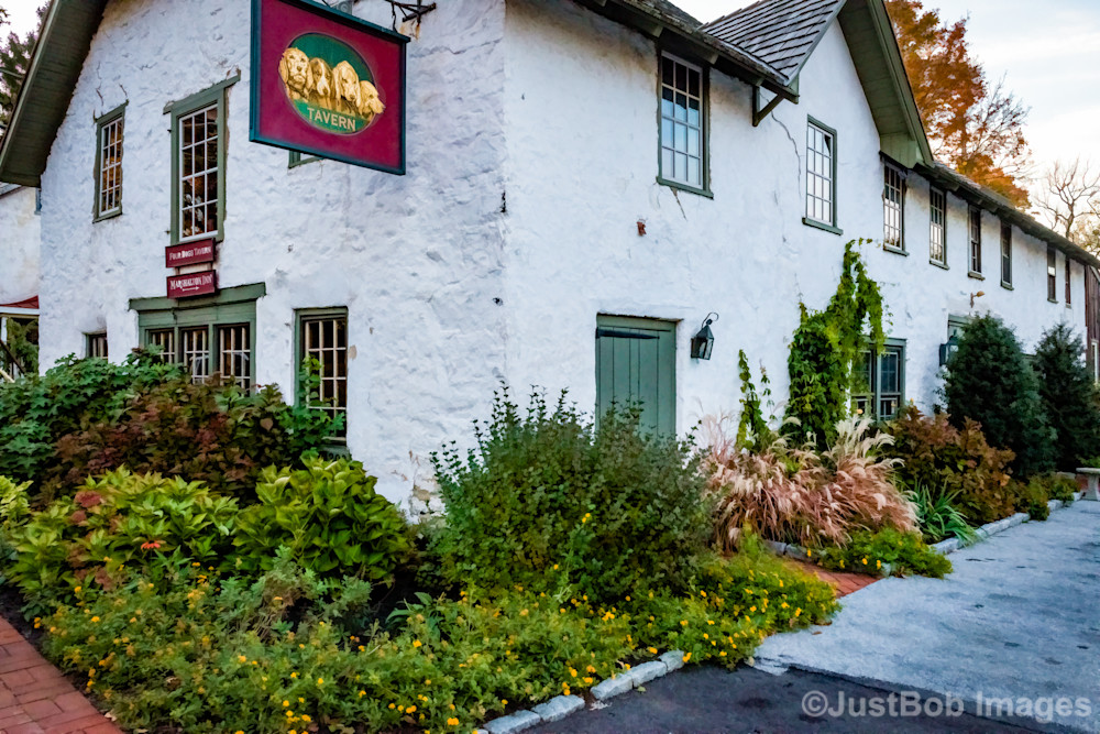 Four Dogs Tavern Fine Art Photograph | JustBob Images