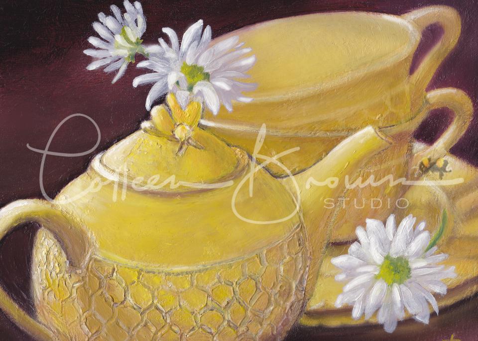 Honey Bee Tea & Daisies