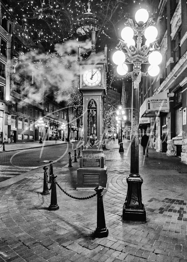Steamy Nights Art   Brandon Hirt Photo