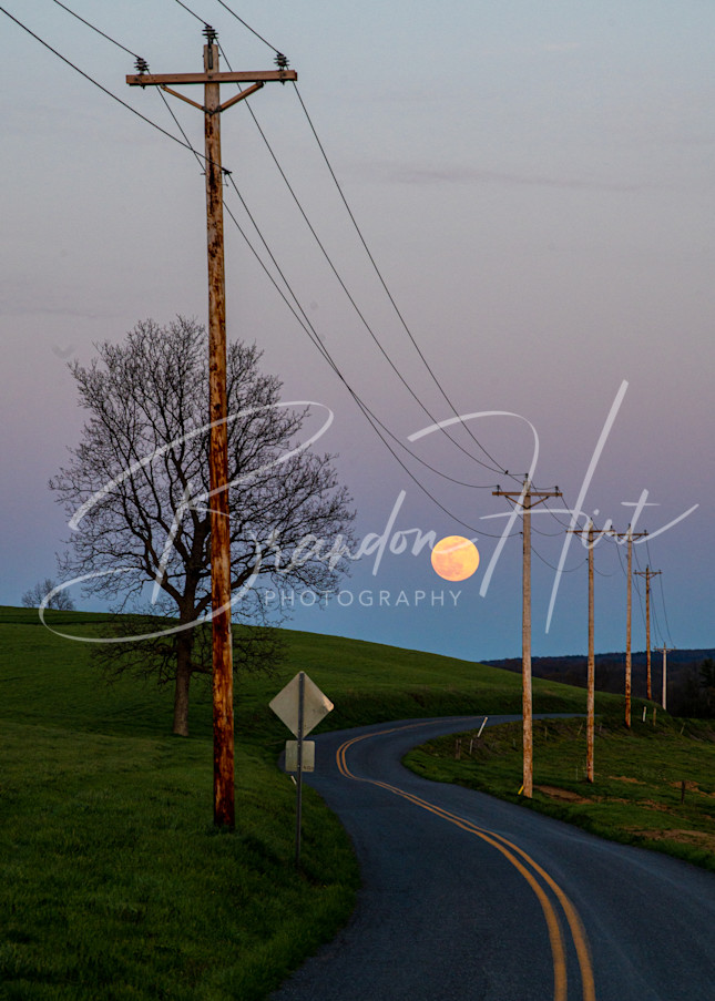 Super Moon Road Art   Brandon Hirt Photo
