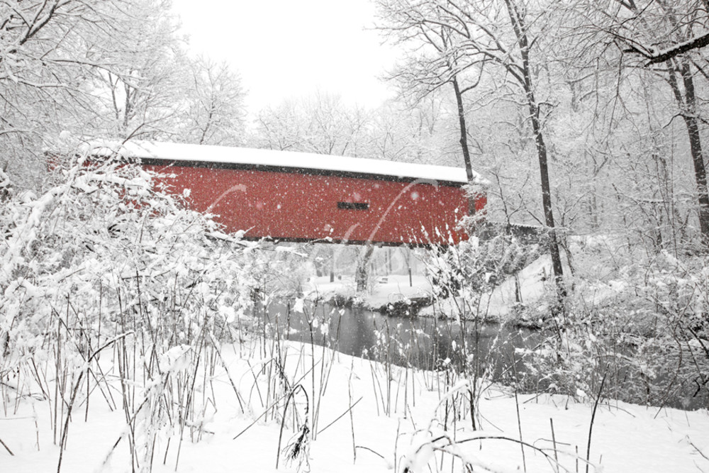 Red Bridge on A Winter Day | Art By Smiths - Landscape Photography