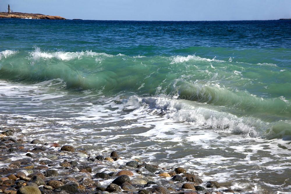 green wave rocks lighthouse cape hedge beach seascape gloucester