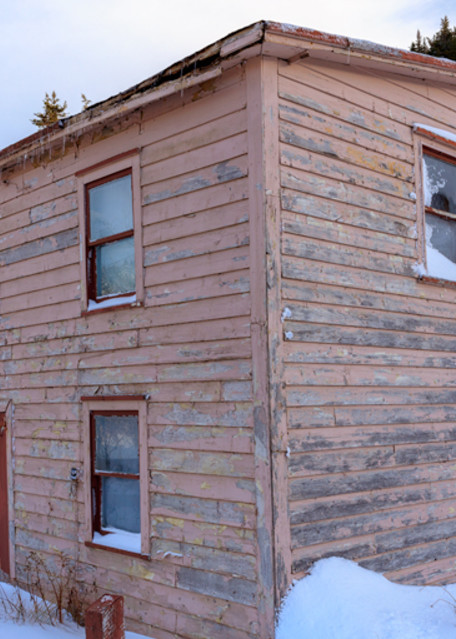 Old Peach - Newfoundland Saltbox House