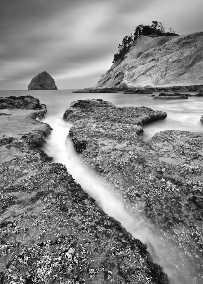 """Kiwanda Slot"" Cape Kiwanda Oregon black and white seascape photograph"