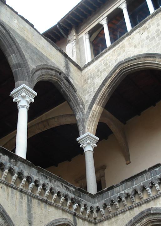 Italian Courtyard #1 Photography Art | Photoissimo - Fine Art Photography
