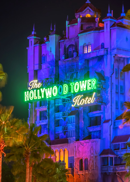 Tower of Terror at Hollywood Studios - Disney Art  | William Drew