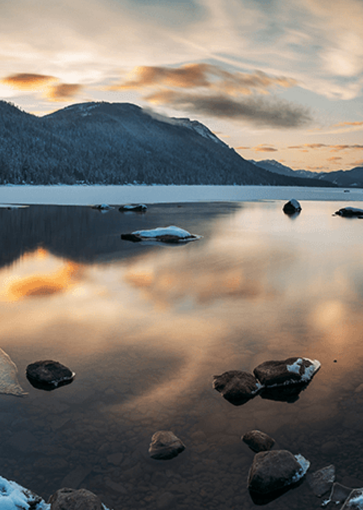 A Mirror lake   Koop kunstfotografie print online   A-Galleria