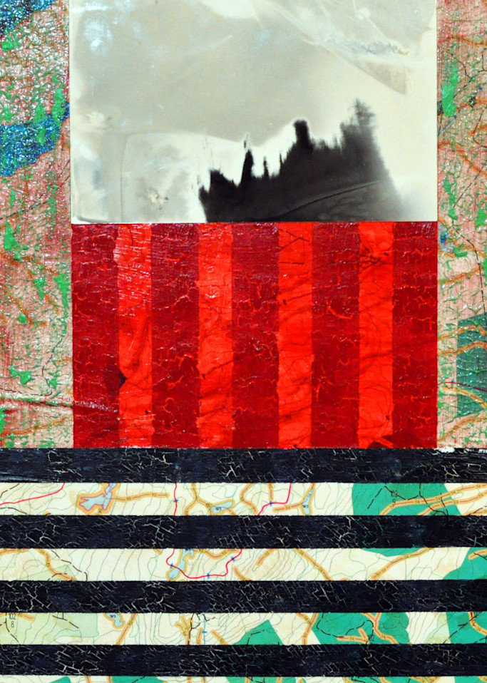 Lay Beneath The Mountain Art | Perry Rath Arts
