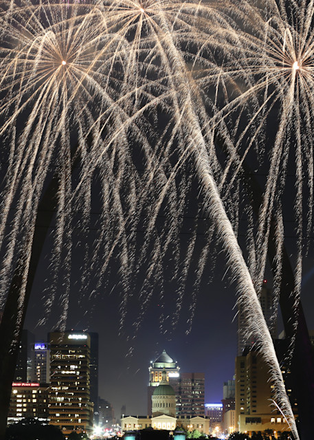 July 4th Fireworks At St. Louis Riverfront Art | Moore Design Group