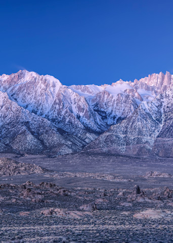 Moonset Over the Eastern Sierra 1:2