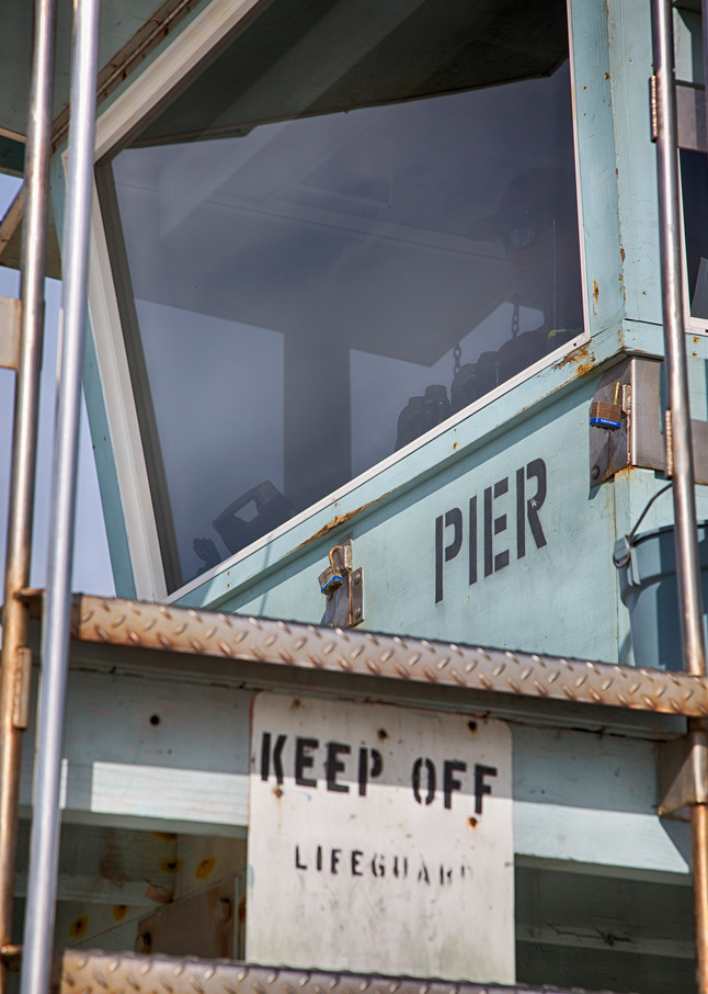 Venice Pier Lifeguard Photography Art   Rosanne Nitti Fine Arts
