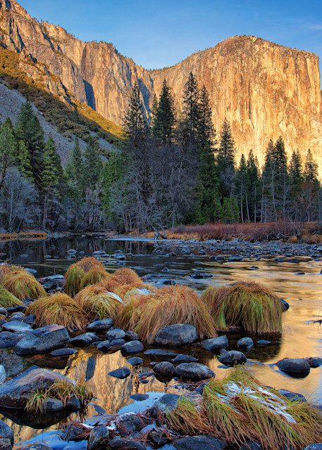 Reflectiol of Capitan - Yosemite