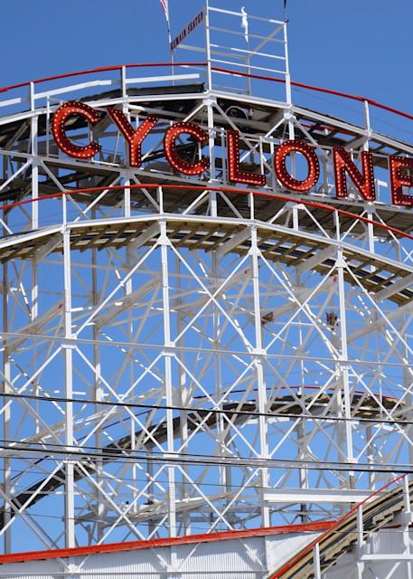 Cyclone Horizontal