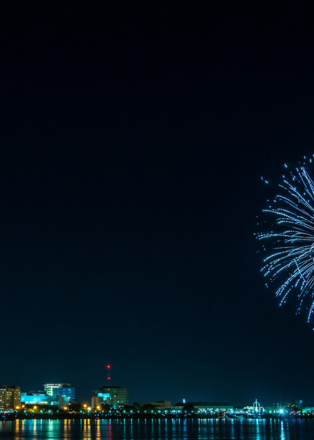 Baton Rouge Blossum - Louisiana fireworks fine-art photography prints