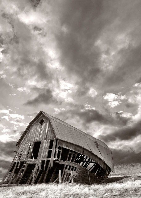 The Midway Barn   # 3795 Photography Art | Mary Edwards Photography