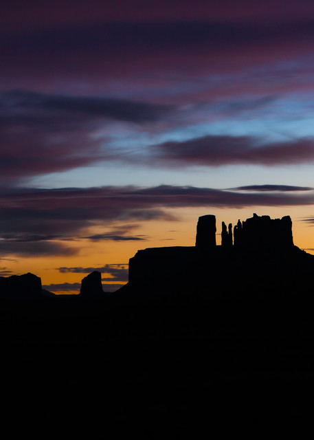 Photographing a classic desert sunset while standing in Utah looking back at Arizona