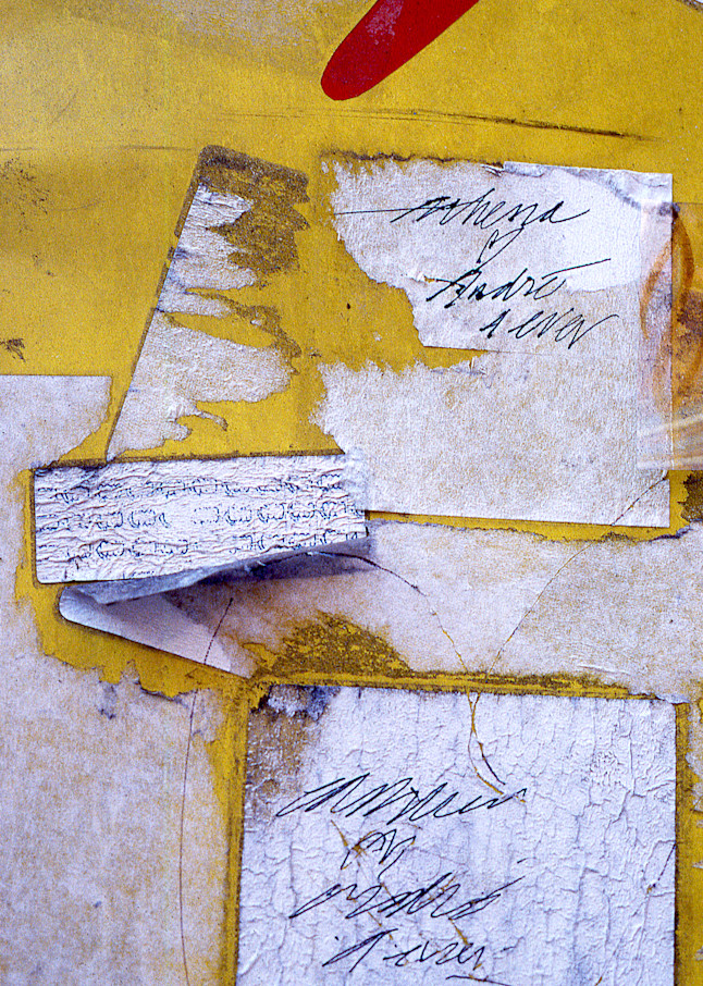Abstract Yellow Nolita Love Graffiti Print – Sherry Mills