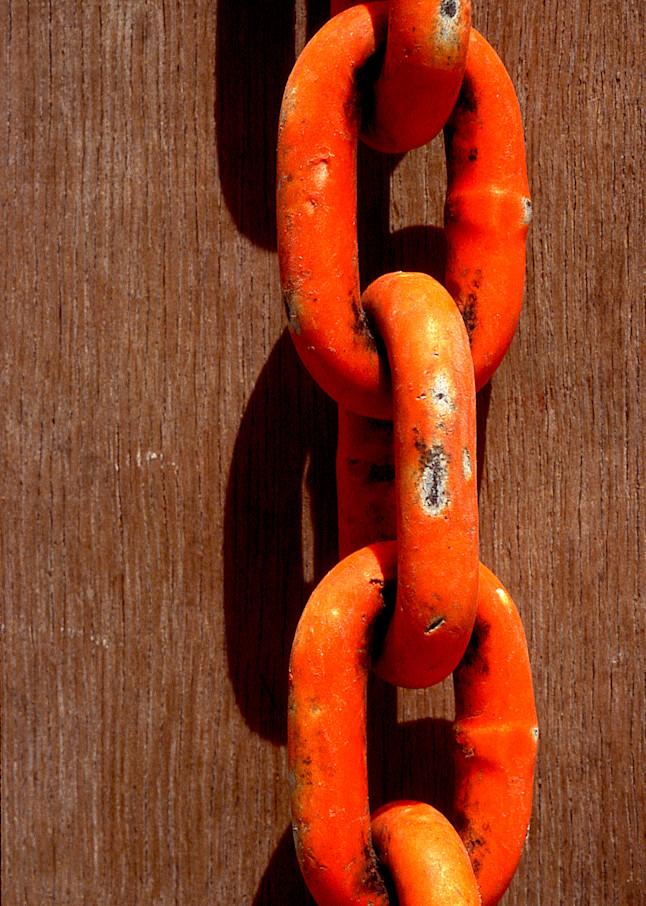 Abstract Orange Chain Brooklyn Photo Print – Sherry Mills