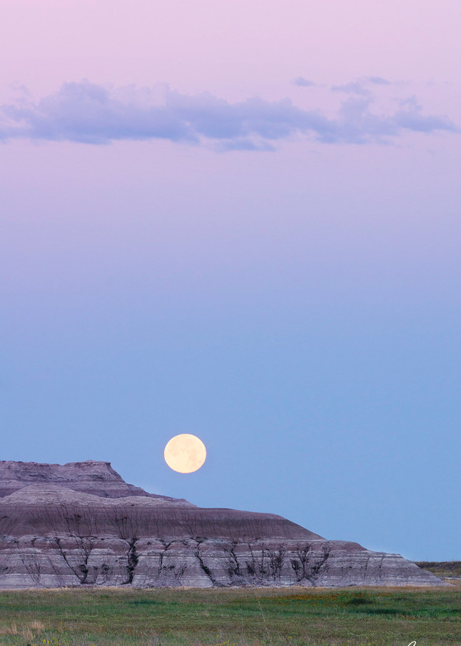 Constance Mier takes her nature photography on the road in through America's Badlands