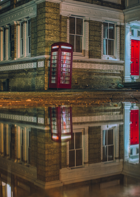 Staines Town Hall Art | Martin Geddes Photography