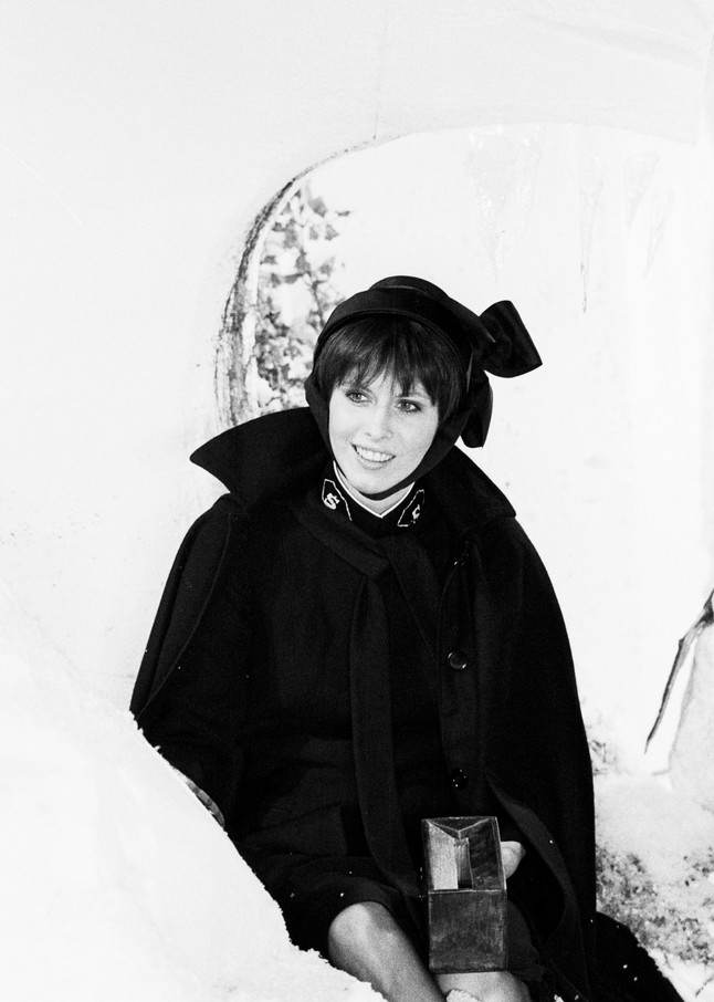 Chrissie Hynde of The Pretenders in the 2000 Miles video 10/28/83 1109/2A   (photo by Steve Rapport)