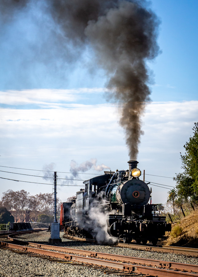 Train's A Comin' Round The Corner Photography Art | Ron Olcott Photography