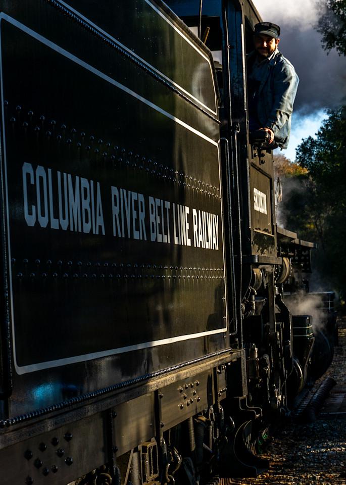 Close Encounter Of The Skookum Kind Photography Art | Ron Olcott Photography