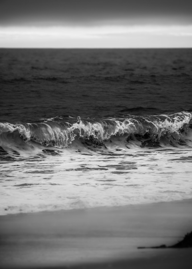 Marina waves at dusk