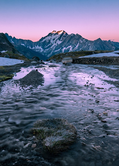 Tom Weager Photography - Emperor Peak at dawn in the Purcells