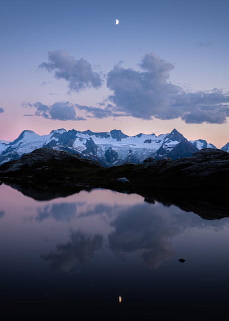 Tom Weager Photography - Horseshoe glacier and a half moon