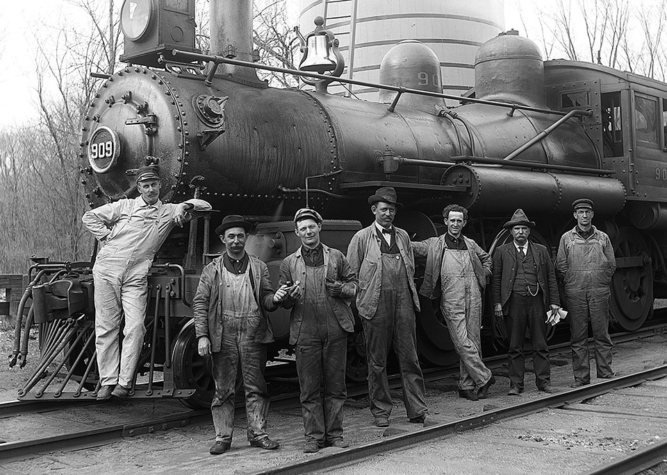 Shepaug Railroad Freight Train