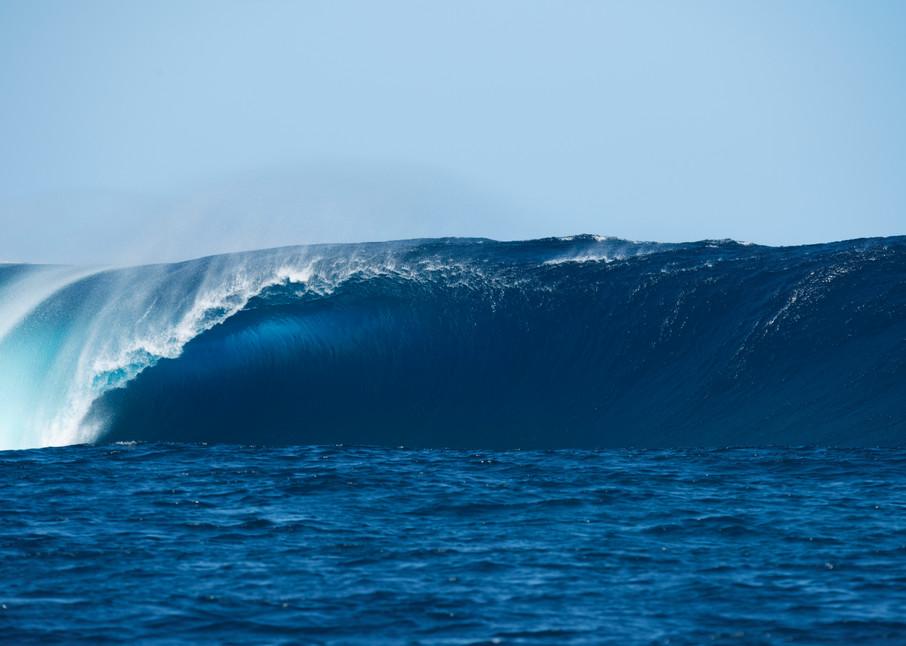 Cloudbreak Bomb , Fiji Surf Art Print by Brad Scott