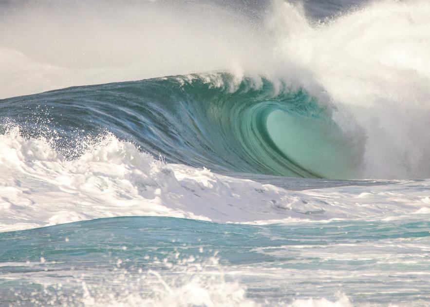 Backdoor Empty, Hawaii Surf Photography Print