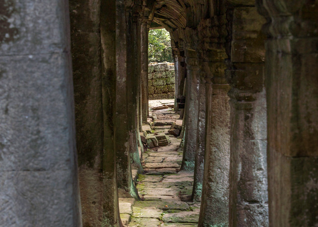 Shadow and Light | Cambodia | Susan J Photography