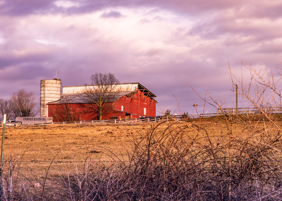 Pretty Little Barn   Susan J Photography Fine-Art Prints