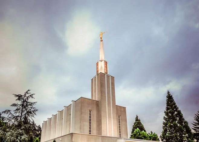 Switzerland Temple - Walkway