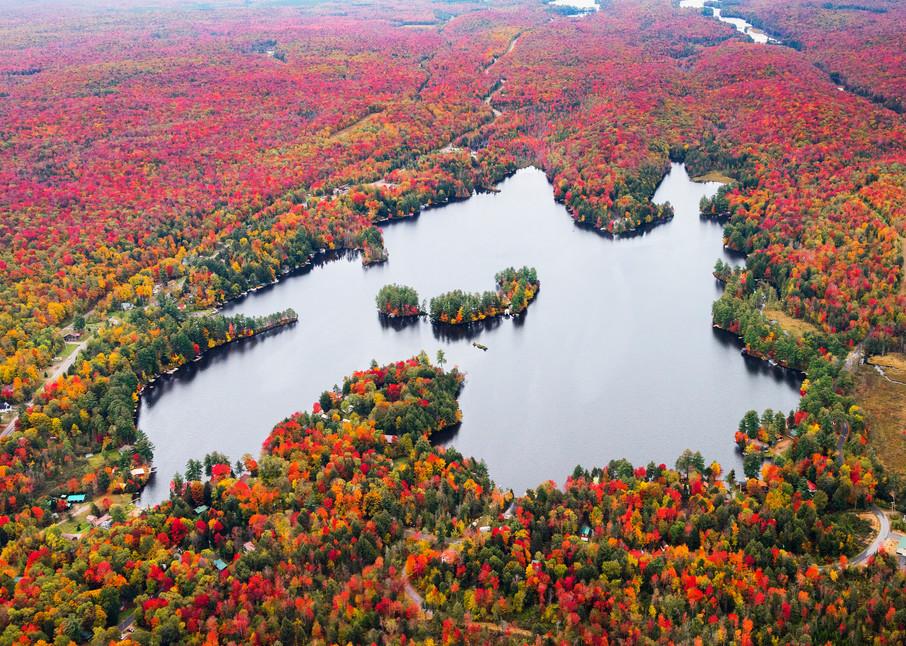 Otter lake fall image by kurt Gardner a Adirondack Photographer