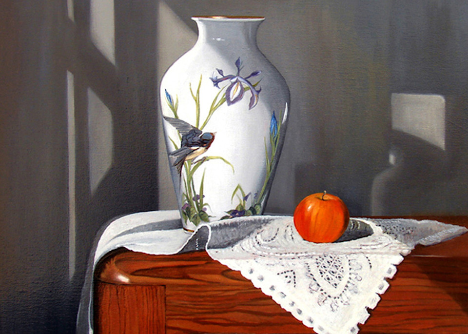 Apple and Vase